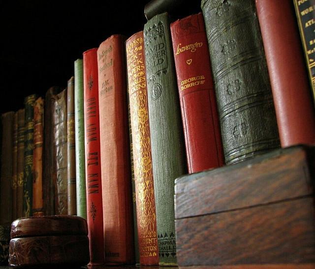 BOOK+CLUB