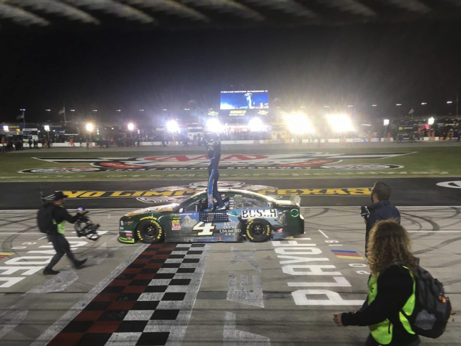 HARVICK WINS AAA TEXAS 500 FOR THIRD YEAR IN A ROW
