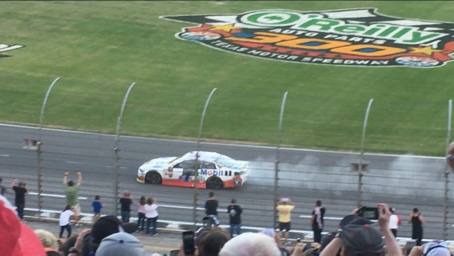 Harvick burning out after his win in the AAA Texas 500