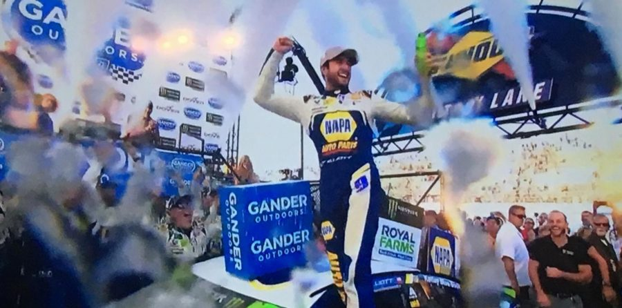 """Chase Elliott celebrates in Sunoco Victory Lane at the """"Monster Mile"""""""