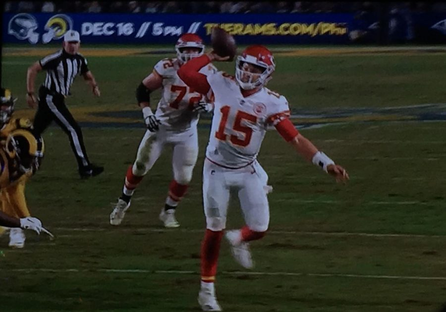 Chiefs quarterback Patrick Mahomes throws a touchdown pass against the Rams on Monday night